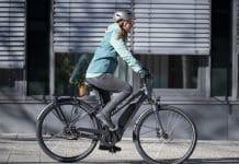 """Pedelecs bieten Pendlern und Alltagsfahrern ein entscheidendes Quentchen Rückenwind. Diese Modell verzichtet zugunsten einer längeren Akkulaufzeit auf ein bisschen Leistung in der Spitze (""""E-Gadino"""" von Stevens)."""