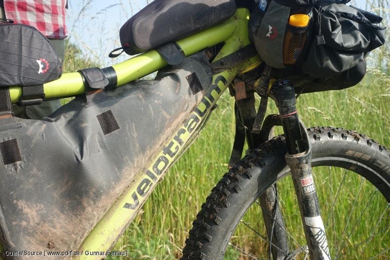 Bikepacking für mehrere Tage im Gelände