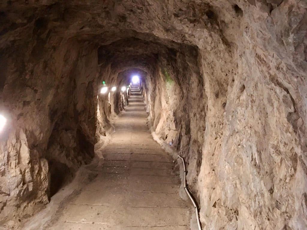Gorham-Höhlen