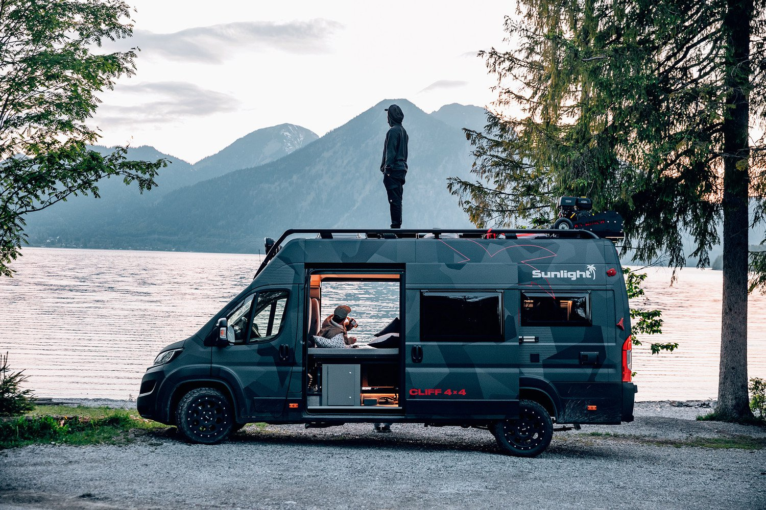 Sunlight CLIFF 4×4 Adventure Van