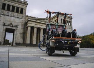 Der Nüwiel-E-Trailer wurde speziell für den Transport von E-Scootern optimiert