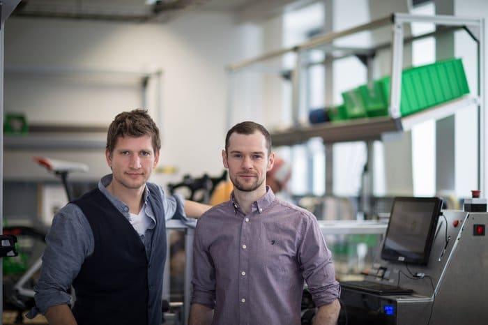 Die Gründer von FAZUA E-Rennrad-Antrieben: Johannes Biechele und Fabian Reuter,