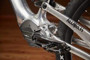 Bike aus dem Alu-Block mit schönen Details