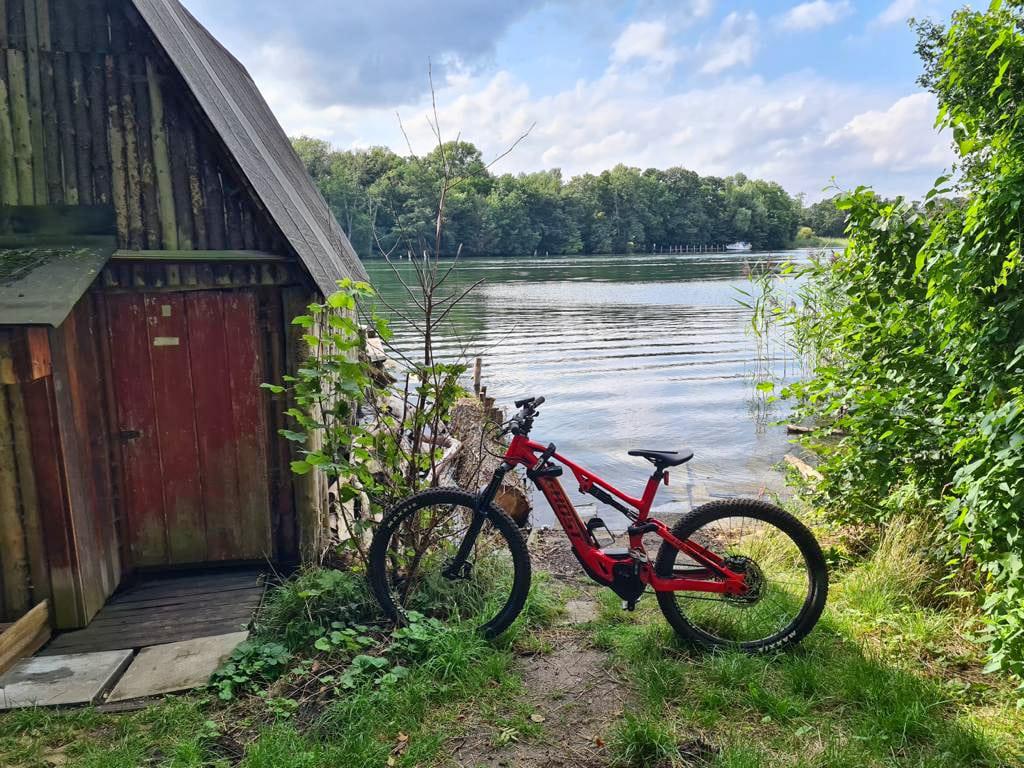 Mit dem Ghost ASX an dem Schweriner See